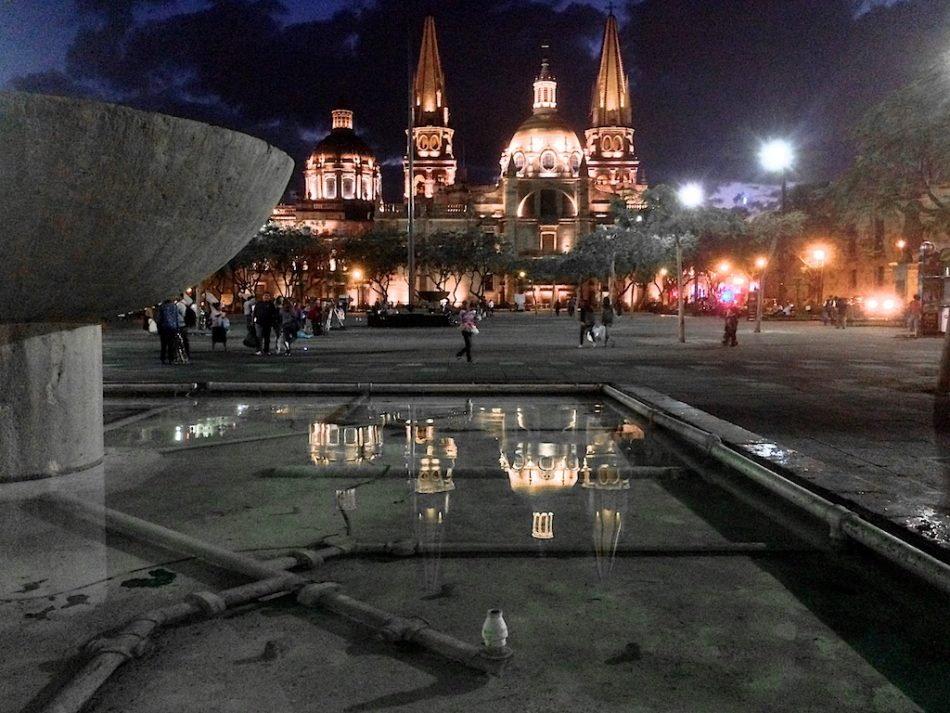 Another twilight look at Catedral de Guadalajara